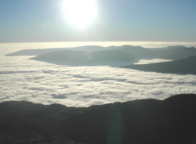 Looking SW from Ben Lomond, with an especially fine inversion